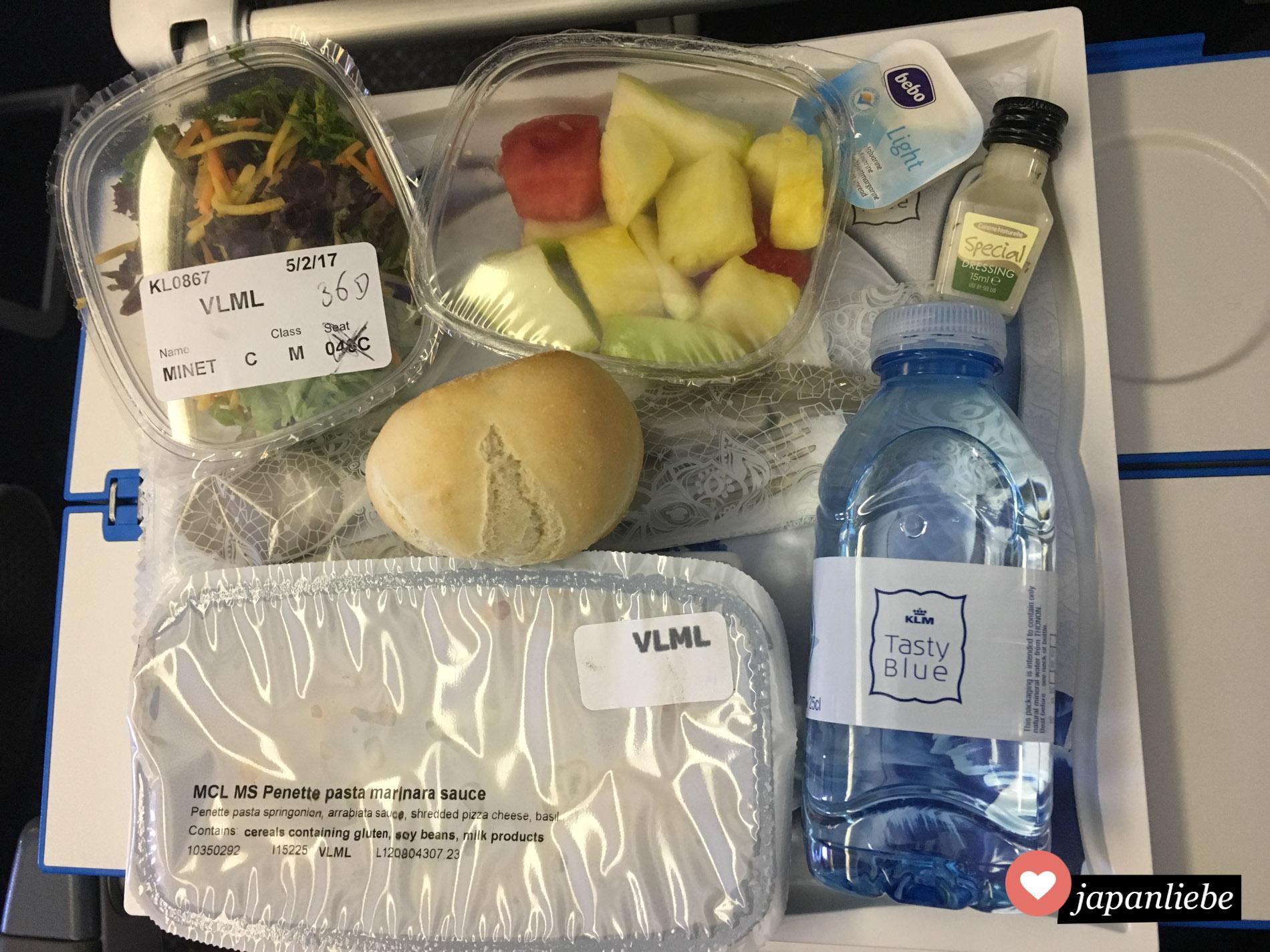 Auf dem Hinflug immer lecker: das Essen bei KLM.