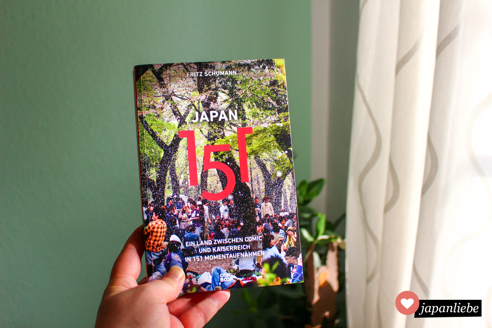 """""""Japan 151"""" von Fritz Schumann gibt es neu aufgelegt und überarbeitet vom CONBOOK-Verlag."""