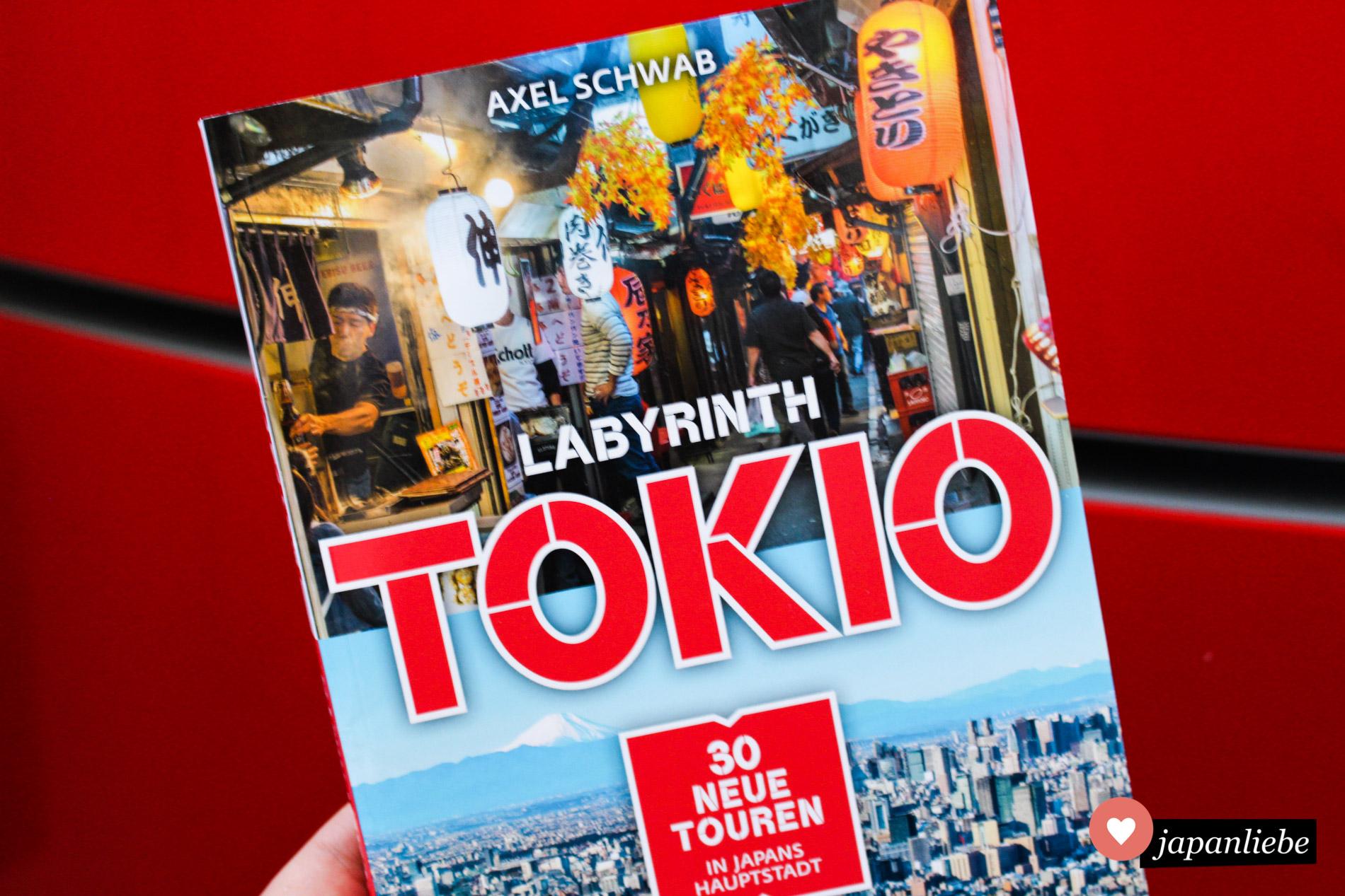 """Für Japan-Neulinge wie -profis eine klare Kaufempfehlung: """"Labyrinth Tokio"""" von Axel Schwab."""