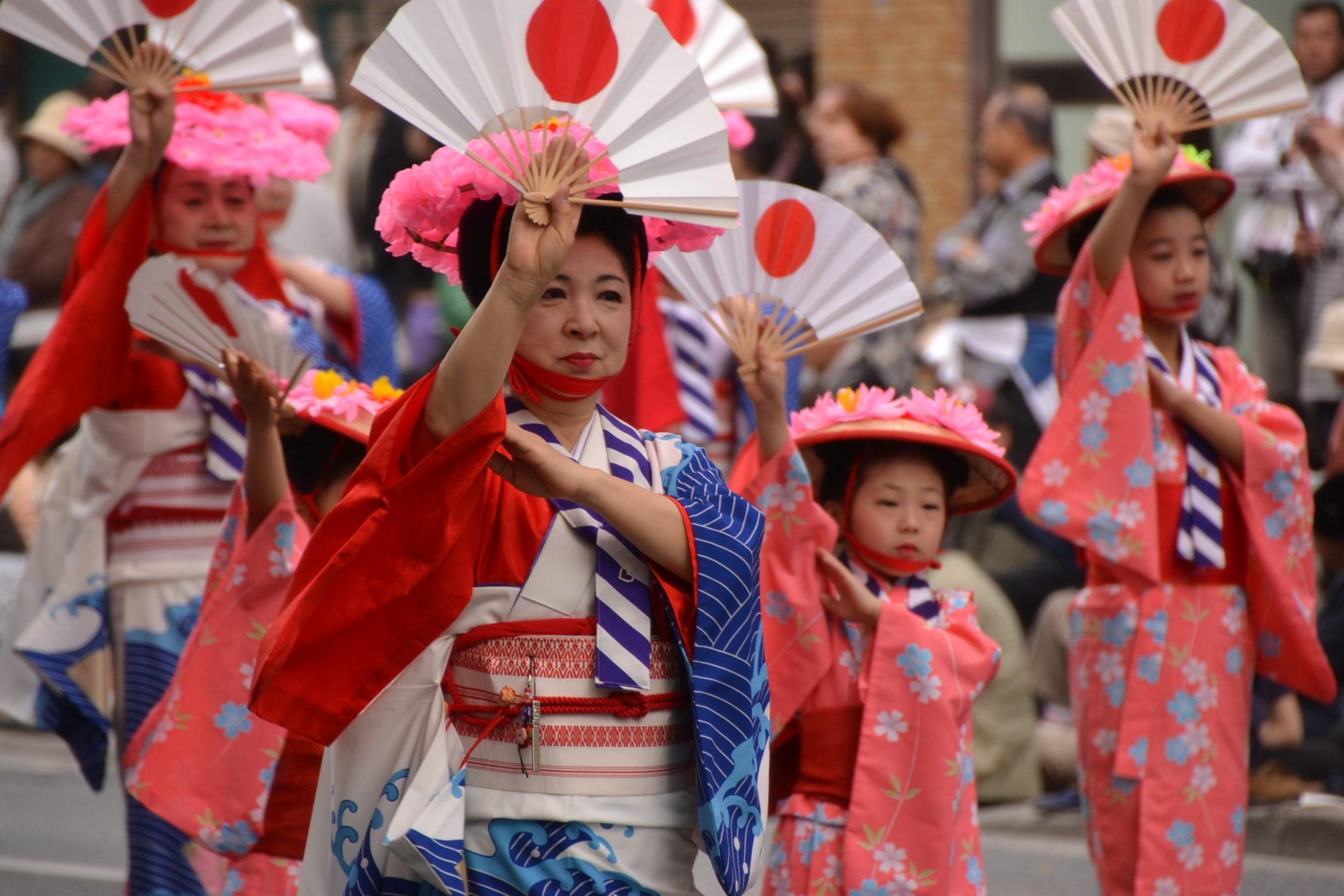 Das Hakata Dontaku Matsuri ist eines der größten Festivals des Jahres in Fukuoka.