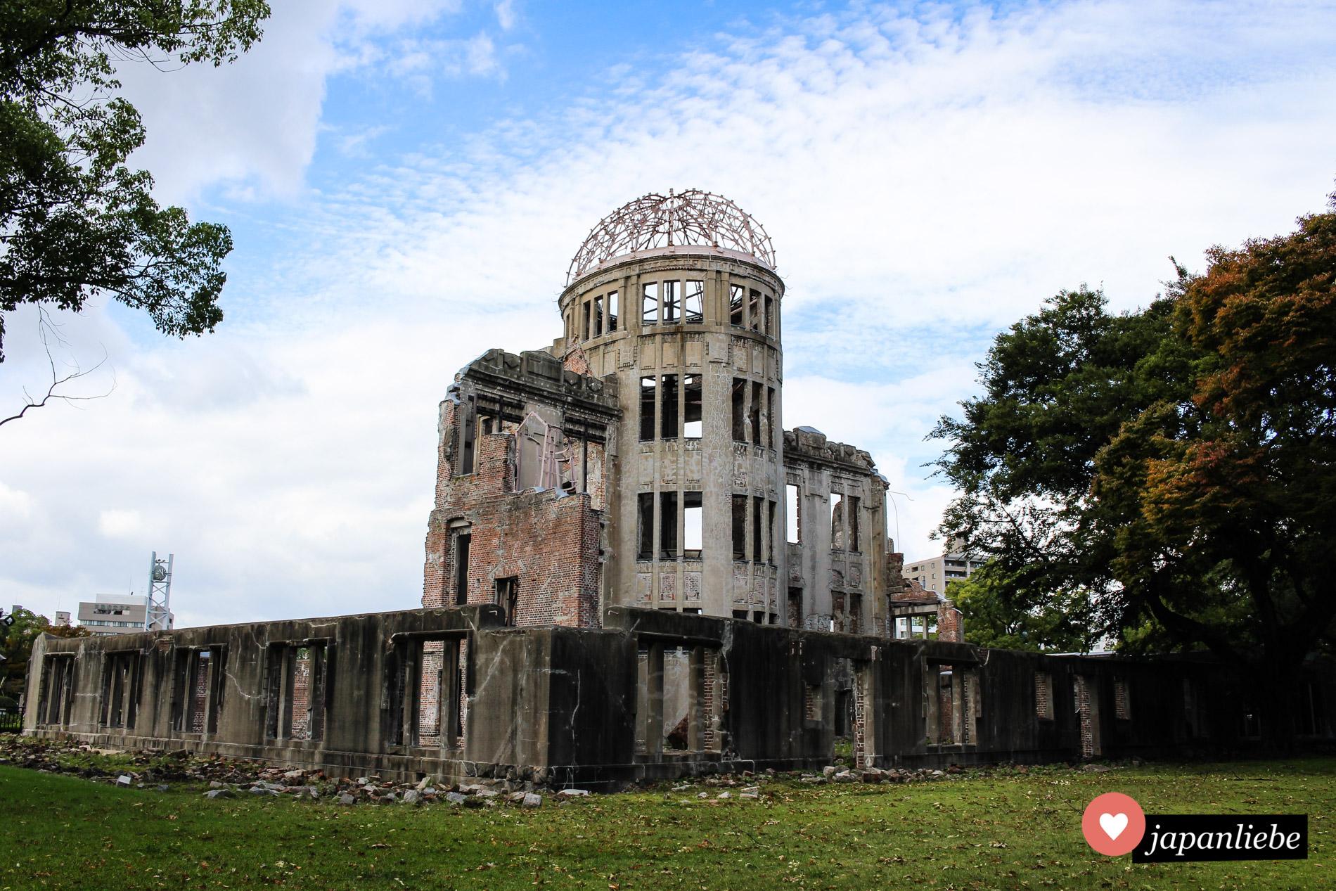 Trauriges Mahnmal: der Genbaku Dome, das einzige Gebäude, das im Hypozentrum der Atombombenexplosion in Hiroshima stehen blieb.