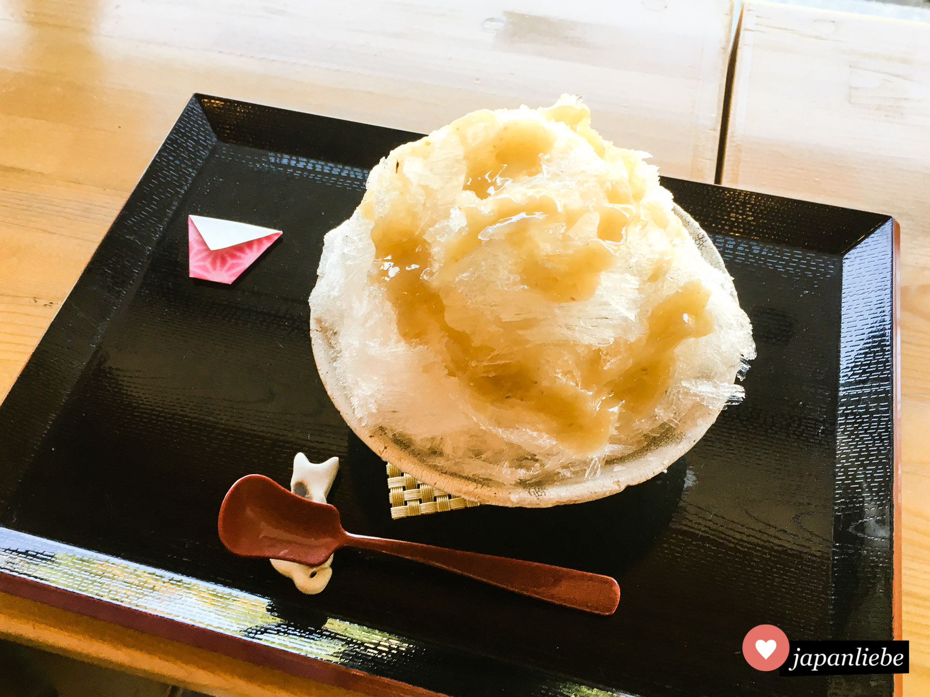 Im Shirotori Teiein Garten in Nagoya sieht das geschabte Eis eher schlicht aus.