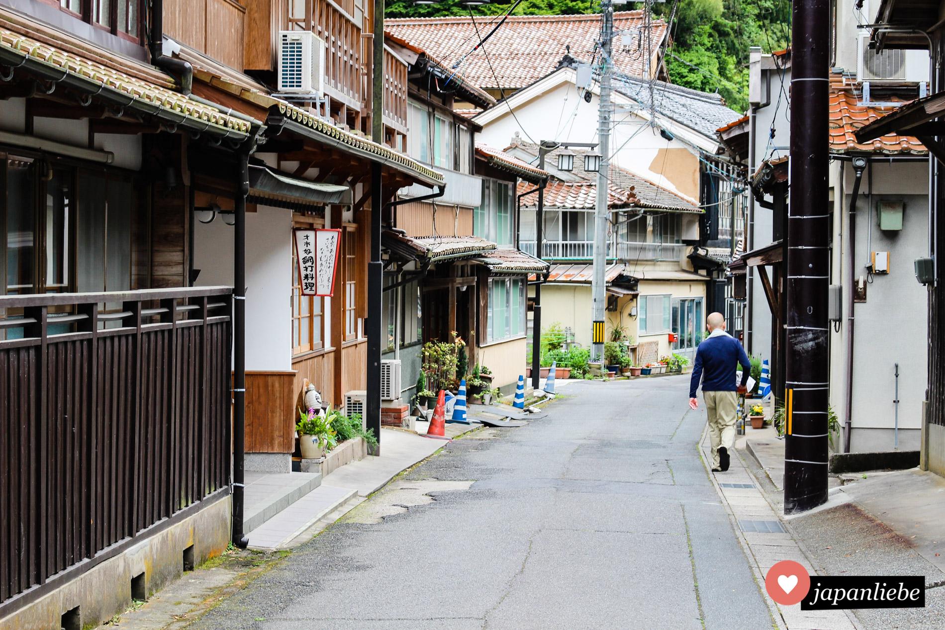 Die kleine Hafenstadt Yunotsu ist heute weniger fürs Verschiffen von Silber als für ihre traditionellen Onsen bekannt.