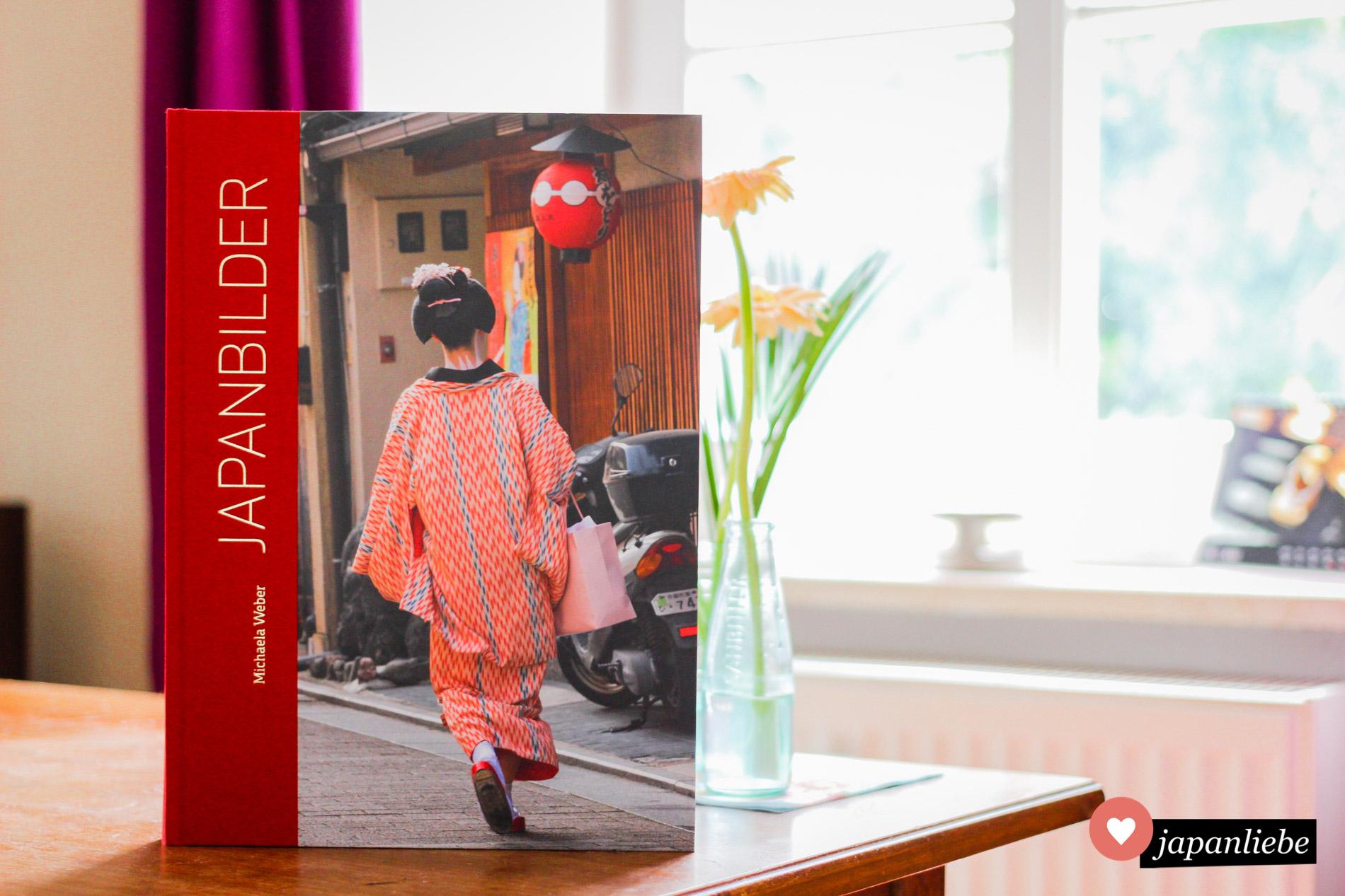 """Für """"Japanbilder"""" von Michaela Weber braucht man entsprechend viel Platz, damit es zur Geltung kommt."""