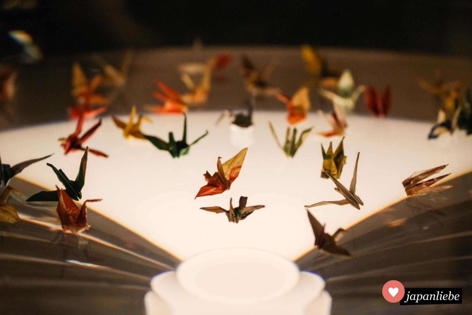 Hier kämpfte ich mit den Tränen: im Friedensmuseum Hiroshima sind einige von Sadakos Originalkranichen ausgestellt.