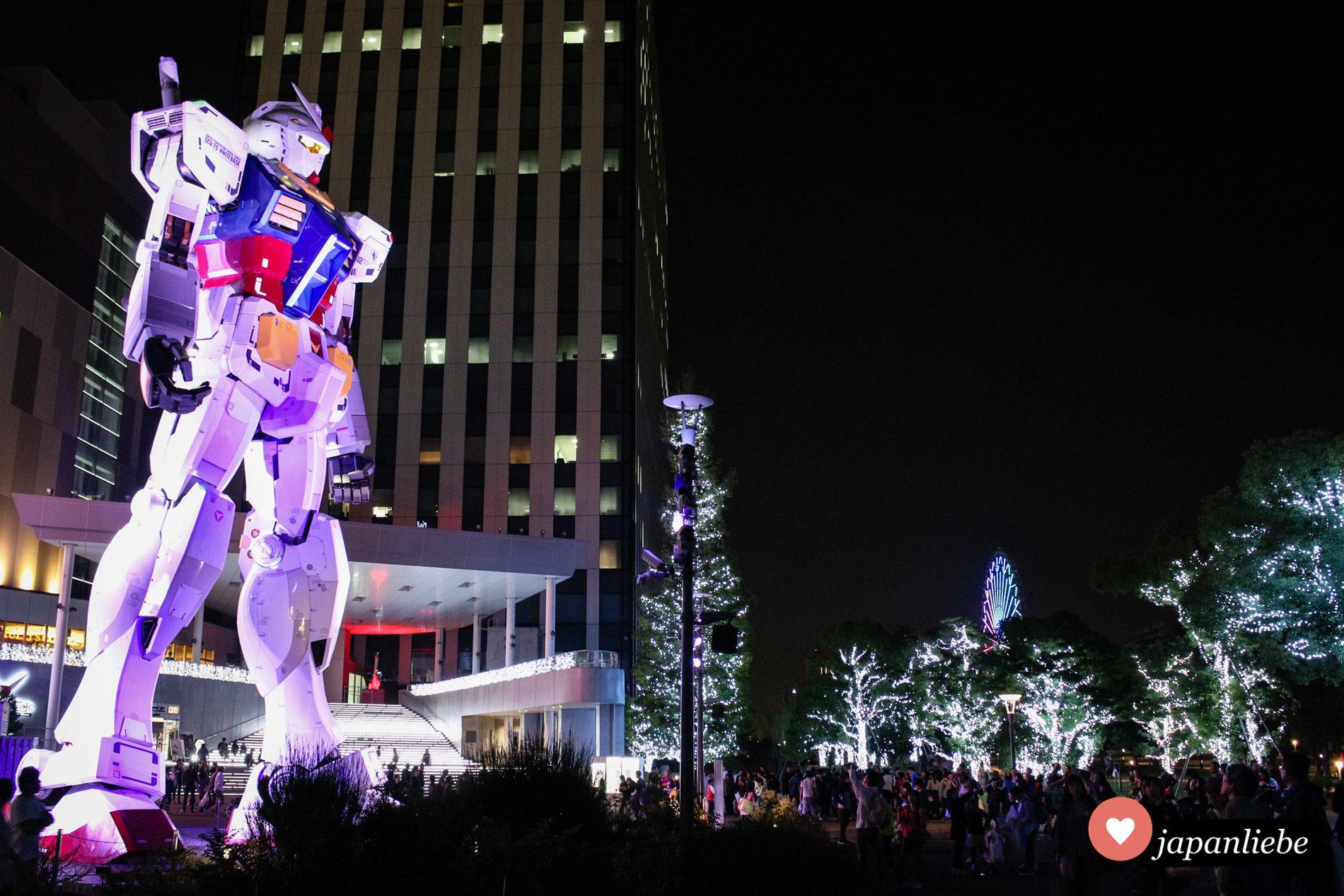 Von 2012 bis 2017 stand der Gundam Modell RX-78-2 auf Odaiba.