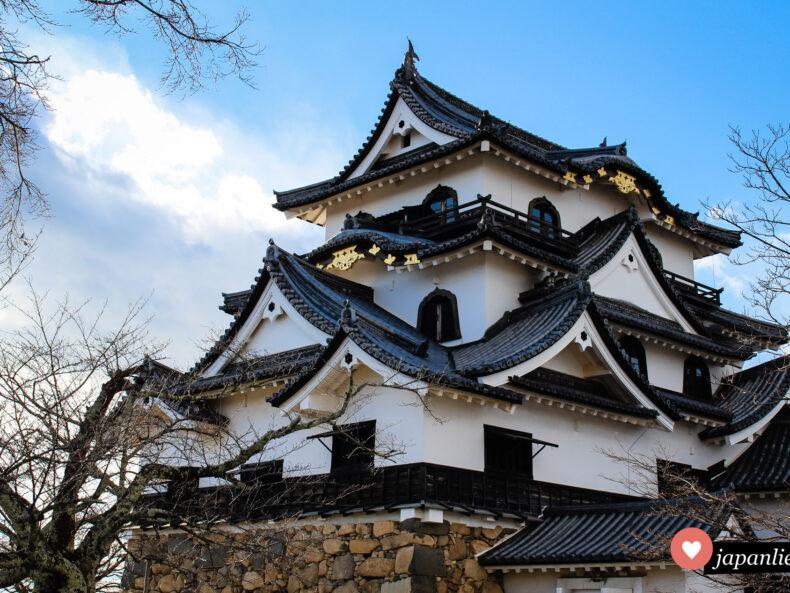 Die Burg Hikone am Biwa-See.