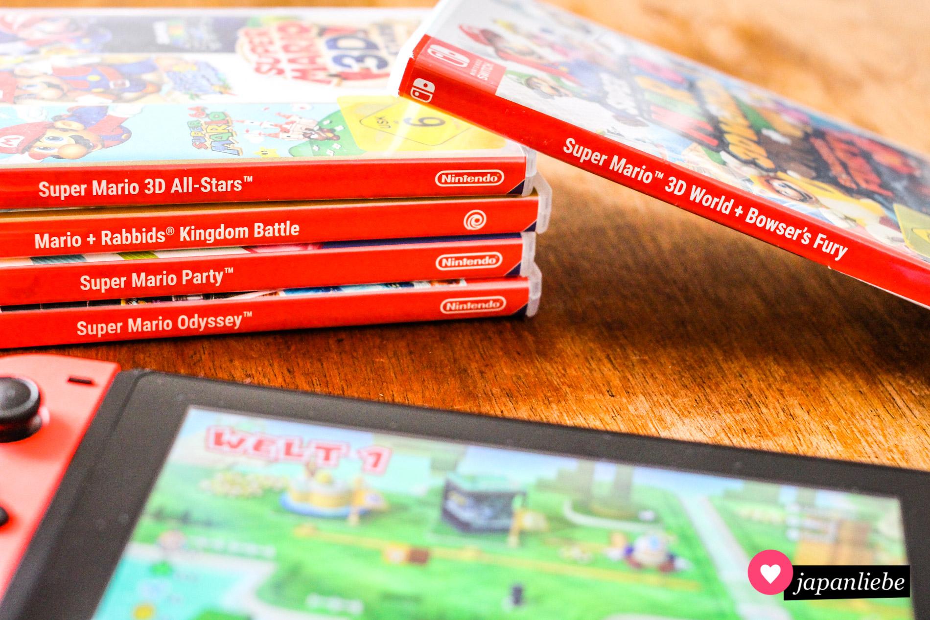 Eine kleine Auswahl der Super Mario Spiele, die hier so rumfliegen.